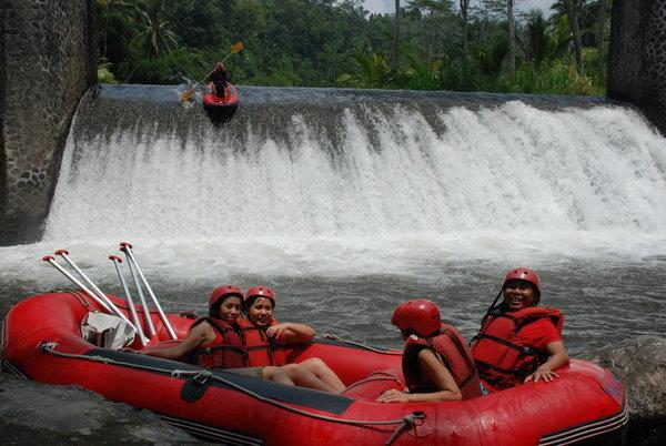 Sungai Telaga Waja@baliraftingmurah.com..'