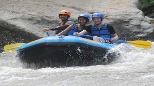 Lokasi Terbaik Untuk Menikmati Olahraga Rafting di Bali